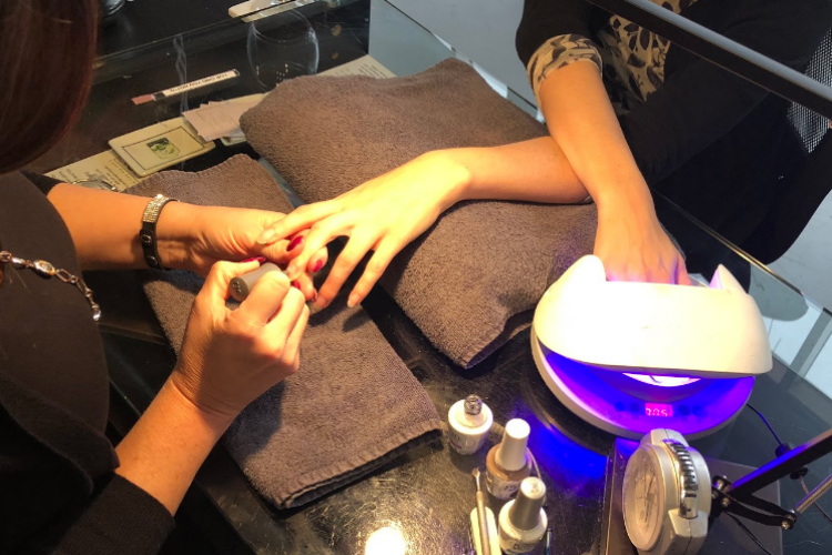 Eight Ten Nail Bar is a full service nail salon, offering acrylic, shellac, waxing, and soon lash extensions.