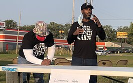 "Sylvester Jones (left) and Todd Womack leading a ""The Vent"" session at Whaley Park."