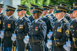Soldiers from the U.S. Army Honor Guard at the Tomb of the Unknown Soldier in July 2018.